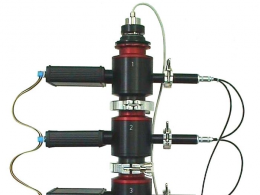 Three low pressure separation stages with attached Alpha spectrometers.
